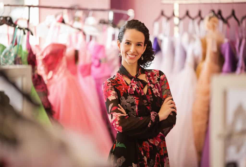 kledingwinkel kassasysteem retail, winkel eigenares bruidskledij