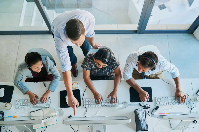 supportdesk met meerdere werknemers